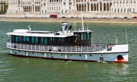 Panoráma-3-VIP-rendezvényhajó-01-Budapest-Hajóbérlés