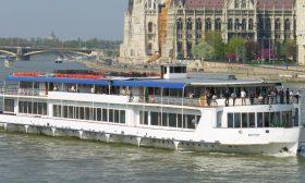 Budapest-3-rendezvényhajó-01-Budapest-Hajóbérlés