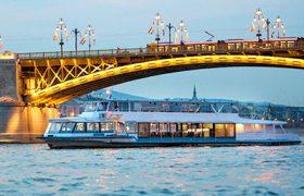Városnéző hajó Budapest, dunai hajózás